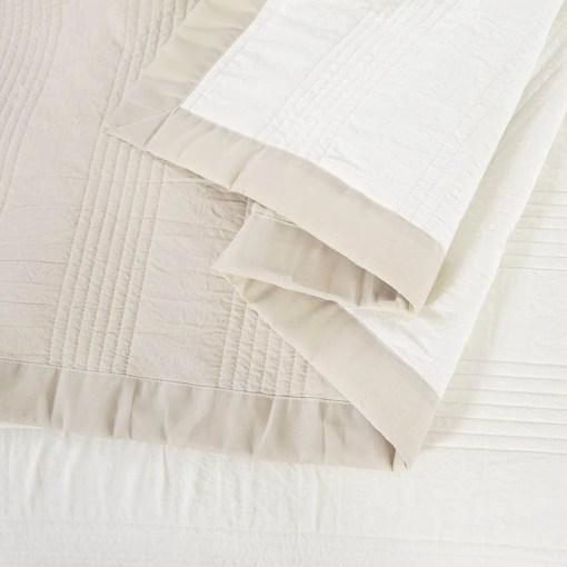 Cobertor Lyon Blanco y natural