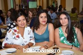 Pasarela Club Rotario 051