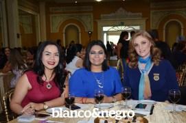 Pasarela Club Rotario 081