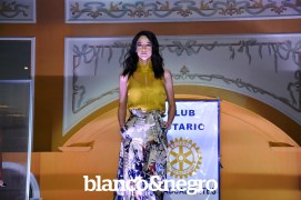 Pasarela Club Rotario 145