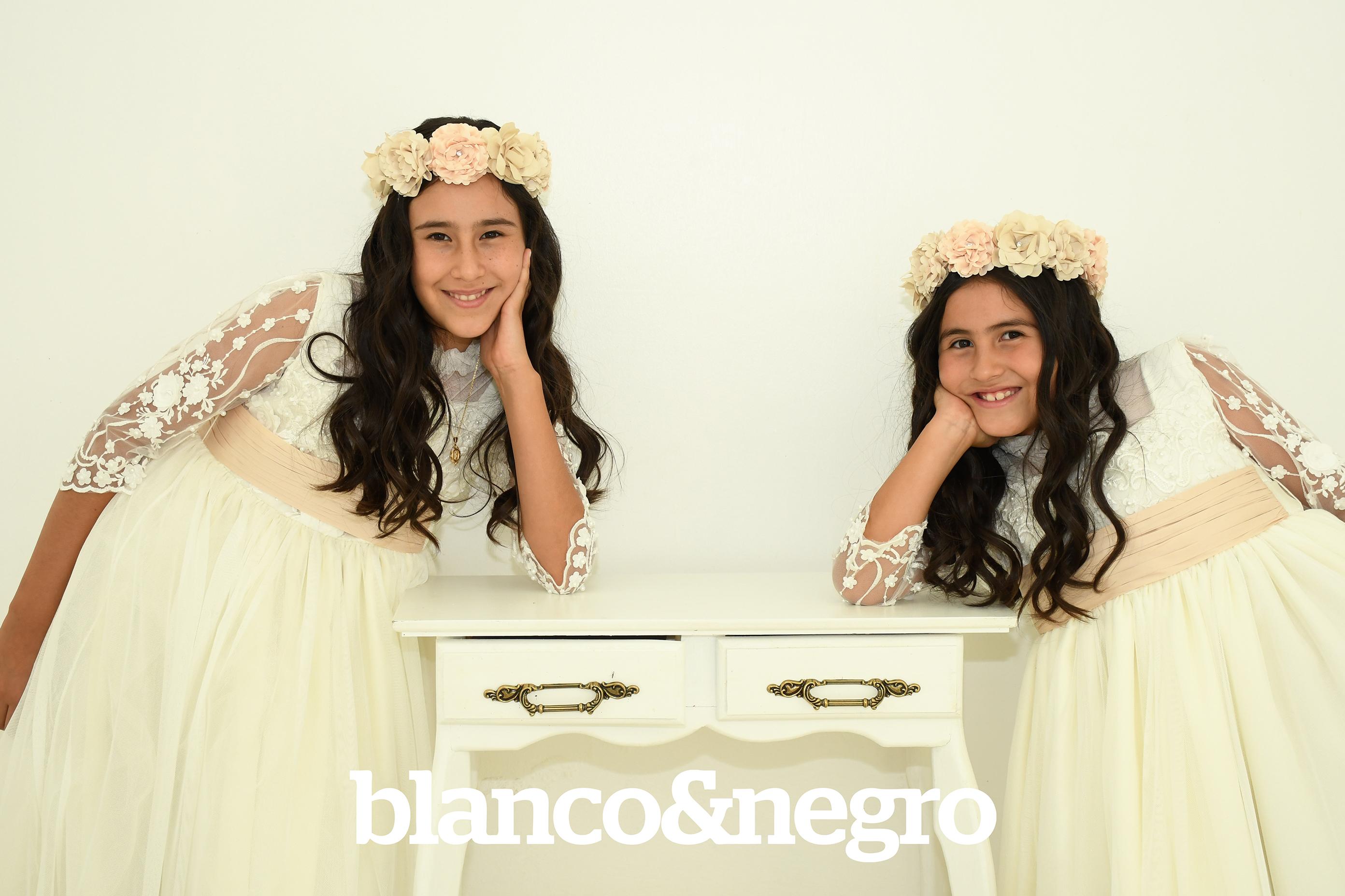 Comunion Valentina y Nicole 040