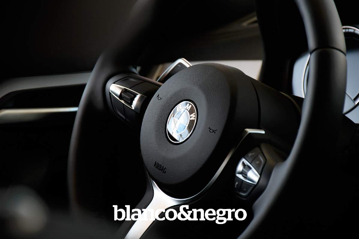 BMW-044