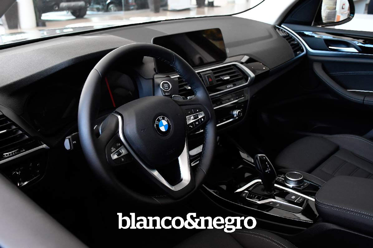 BMW-066