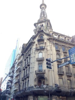 Building in downtown Buenos Aires