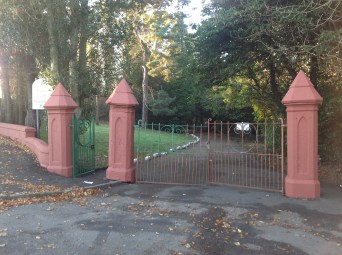 2013 Greenhall Pillars now painted (PV)