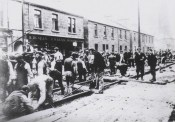 1902 The Tram laying squad