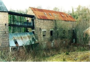 2004 Blantyre works Mill Factories before demolition