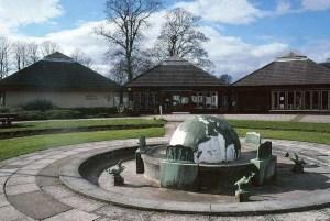 1990 David Livingstone Fountain
