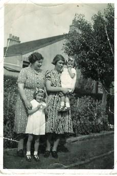 1943 The Duncans at Enterkin (PV)