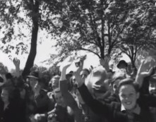 1942 Queen Mother visits Blantyre. people line Glasgow Road