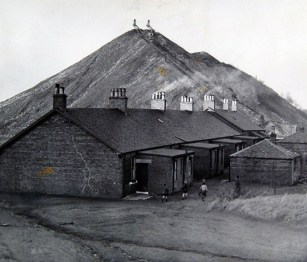 1948 Priory Rows and the Pit in the background