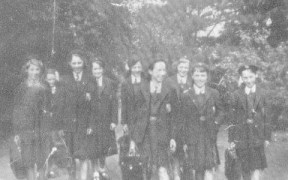 1955 Blantyre girls heading back from Elmwood to Blantyre