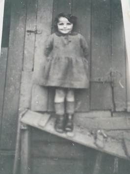 1925 Isobel Paterson of Ulva Place, mother of Margaret Chalmers