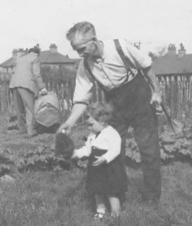 1948 Betty Weaver & her grandpa