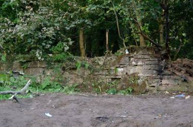 2014 Wall Structure near Quarry at David Livingstone centre, by Andy Bain