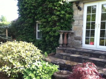 2012 May Croftfoot House, High Blantyre (PV)