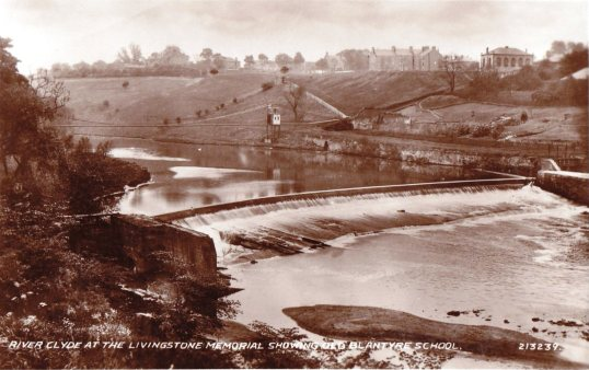 1931 Weir on Clyde showing Old Blantyre School