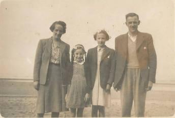 1950s John and Sarah Baird & their children. Shared by J Cochrane