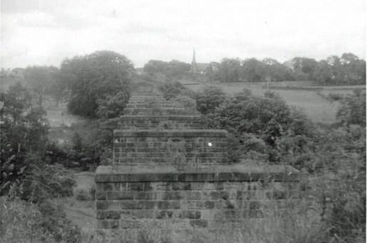1963 Railway Viaduct at High Blantyre looking back to Old Parish Church. Photo by John Robin