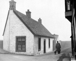 1933 Brownlee, Bains cottage at Barnhill