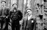 1908 Part of Auchenitbber Quoiting team at Hermitage.