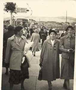 1960s May (marion), Helen and Mattie (Martha) Hunter at Greenock.