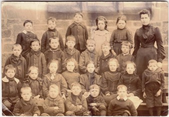 1900 High Blantyre Primary School (shared by Isabel Fleming)