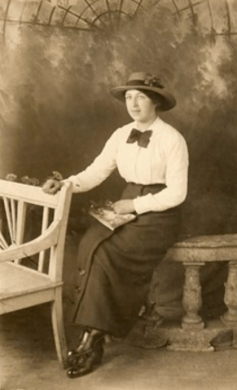 Mary Frew 1896 - 1985