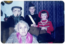 1982 Veverka children Halloween and Mrs Brown