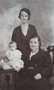 1936 Jane, Annie and Jane Nimmo