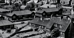 1955 Birdsfield Drive, Timber Houses