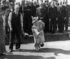 1942 June royal visit to Miners Welfare Bowling. Original Photo shared by N Mains.