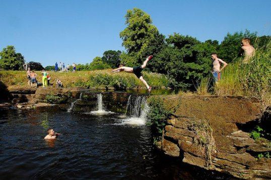 2013 Milheugh falls