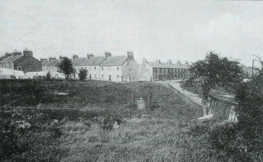 1925-blantyre-works-graveyard