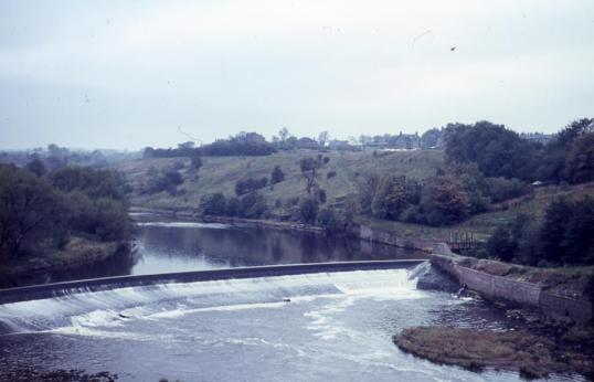 1960-the-blantyre-weir-by-davy-forrest