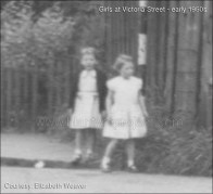 1950s Unknown girls at Victoria Street