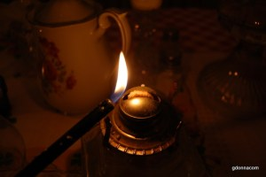20151115052711-oil lamps and more 060