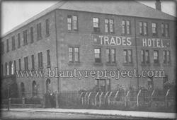 1940s Trades Hotel burnbank