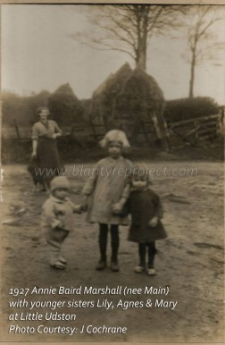 1927 Annie Baird Marshall with sisters at Udston