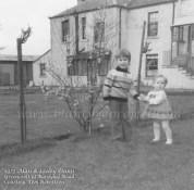 1975 Dunn children at Greencroft