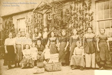 1890 Berrypickers at Boathouse