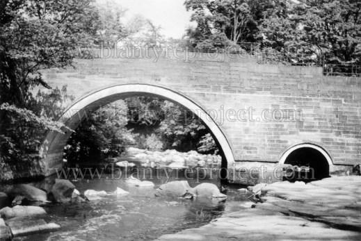 1970s Milheugh Bridge by Gordon Cook wm
