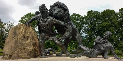 Livingstone_and_the_Lion