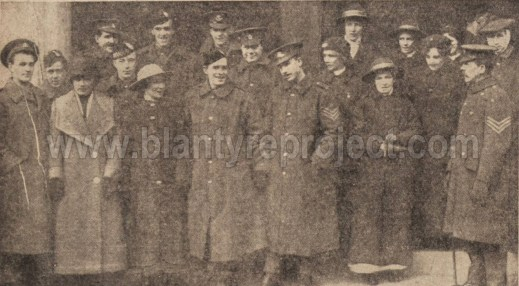1916 Soldiers at the Dookit wm 1