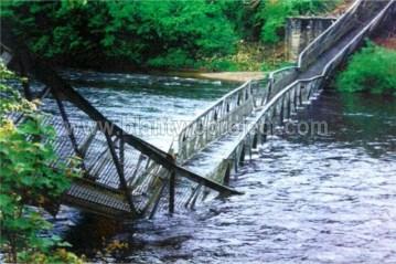 1999 David Livingstone Memorial Bridge collapsed May