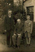 1930s Pettigrews at Malcolmwood