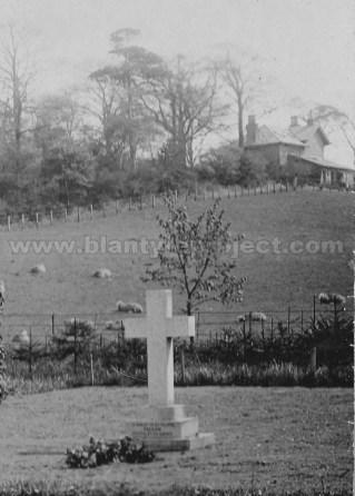 1910 Pelham's Gravestone