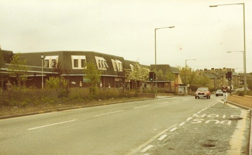 1985 Clydeview Shopping Centre from Gl Rd
