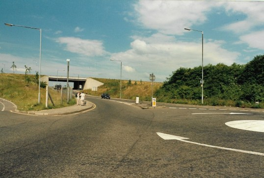 1985 Glasgow Road roundabout