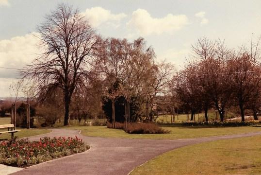 1982 Stonefield Park b